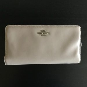 Coach Smooth Leather Skinny Wallet Fog